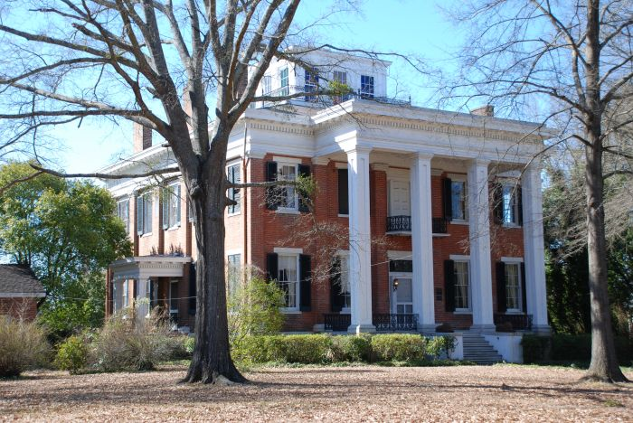 Built in 1847, Riverview was designed by James Lull, who is also responsible for a number of other antebellum landmarks in Columbus. Riverview is a National Historic Landmark and a truly amazing house.