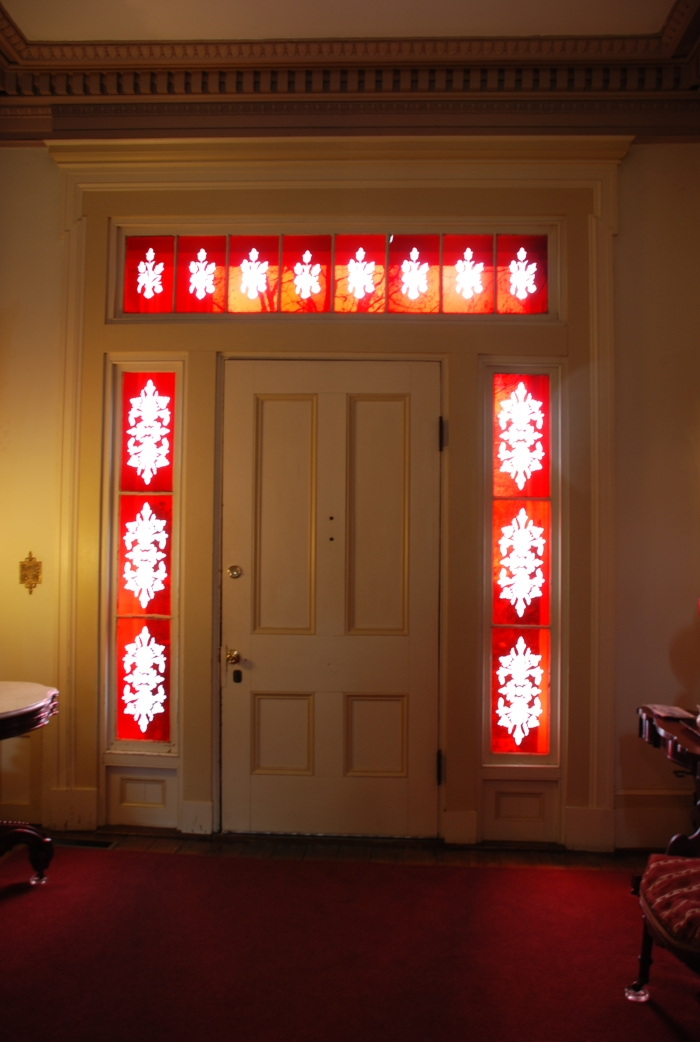 Columbus is also famous for these colored glass sidelights and transoms, usually etched with interesting patterns. Glad colored glass wasn't taxed!