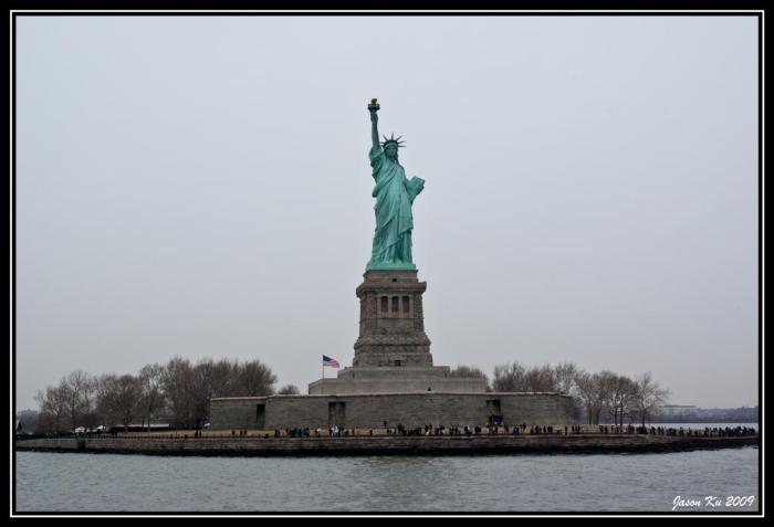 Statue of Liberty by jsnku (Flickr)