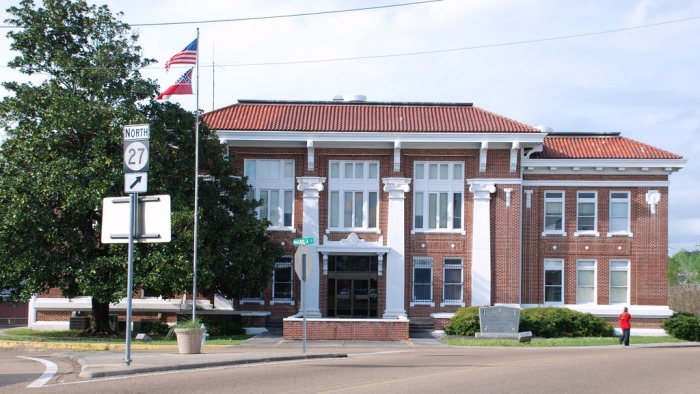 Walthall County Courthouse, Tylertown (CHPG grantee 2006)
