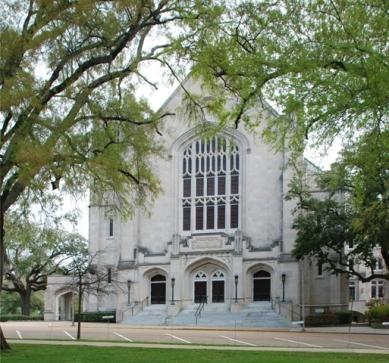 First Baptist Church (1924-27, Gabriel Ferrand, principal archt., N.W. Overstreet, associate archt.)