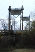 This very cool lift-type drawbridge over the Yazoo River at Satartia was built in 1976 and designed by engineer Maxwell Huff