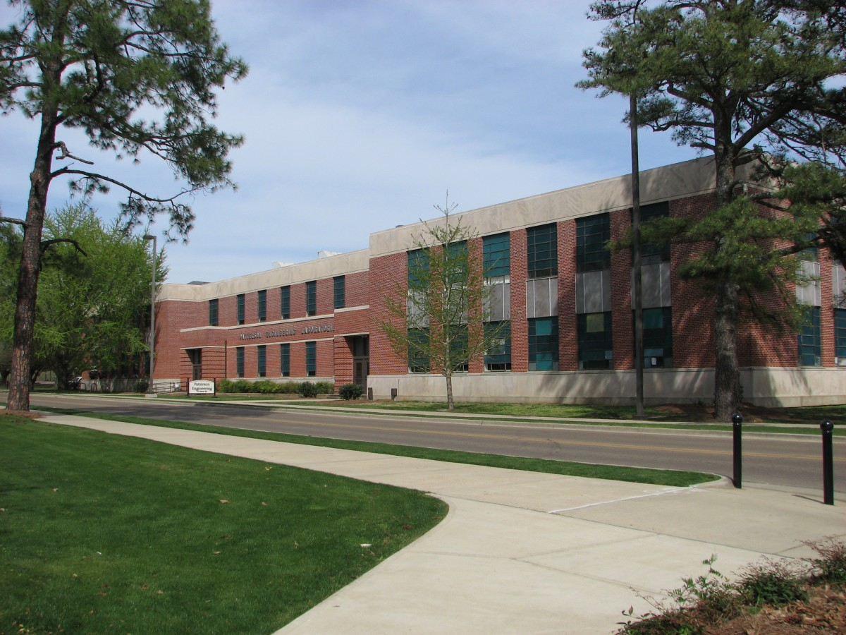 Buildings of Mississippi State University--Patterson Engineering Laboratories