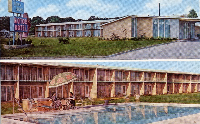 Vacation postcards town house motor hotel laurel for Town house motor inn