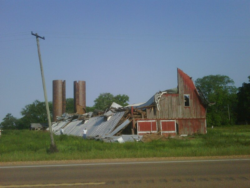 Rolling Fork\'s Amazing Red Barn Collapses – Preservation in Mississippi
