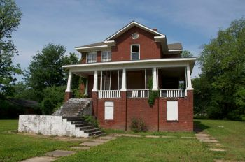 Isaiah T Montgomery home