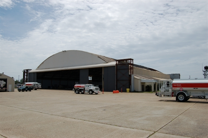 FBO Hangar, Gulfport-Biloxi Regional Airport. Photo by Bill Gatlin, MDAH, 7-27-2007