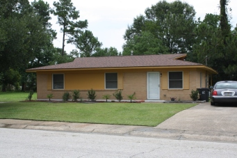 House on Rosebud Court, Forest Heights Subdivision. Gulfport, Miss. Image made by author 7-21-2012
