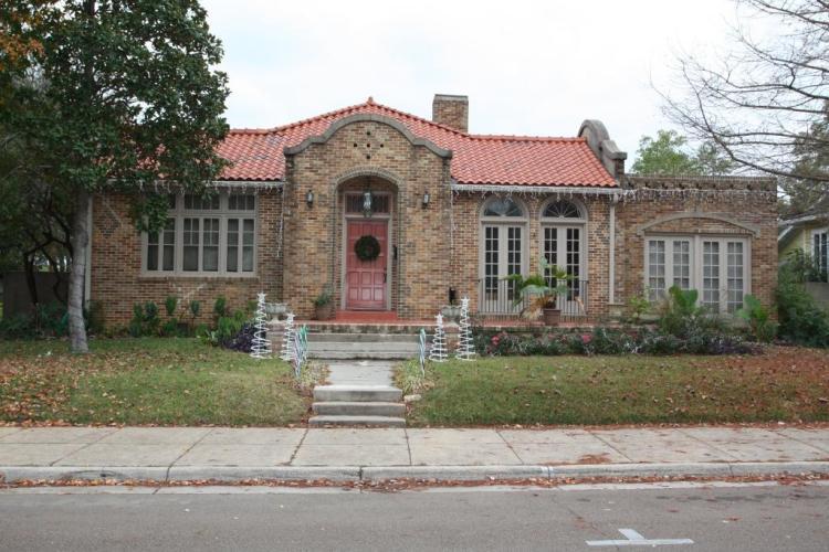 311 N. Union Street Natchez, Adams County.  Photo by T. Brown, Historic Natchez Foundation