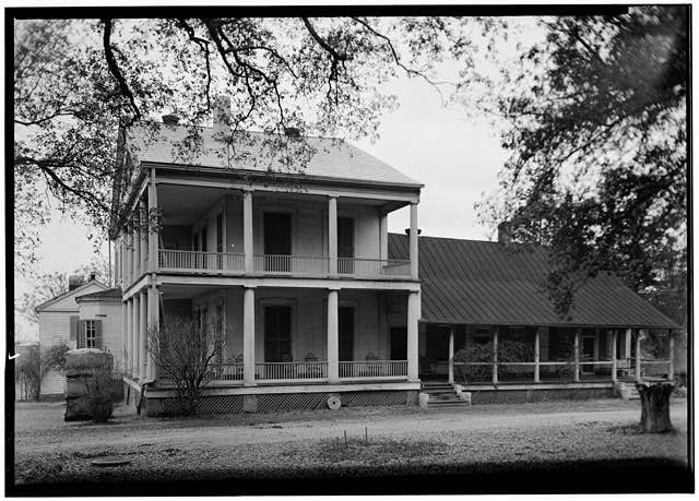Some historic homes of mississippi preservation in for Home builders in south ms