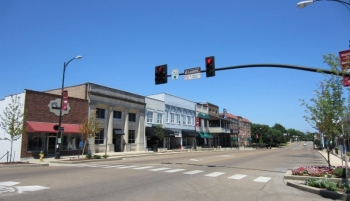 Downtown Starkville (800x461)