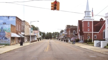 Water Valley Main Street (724x403)