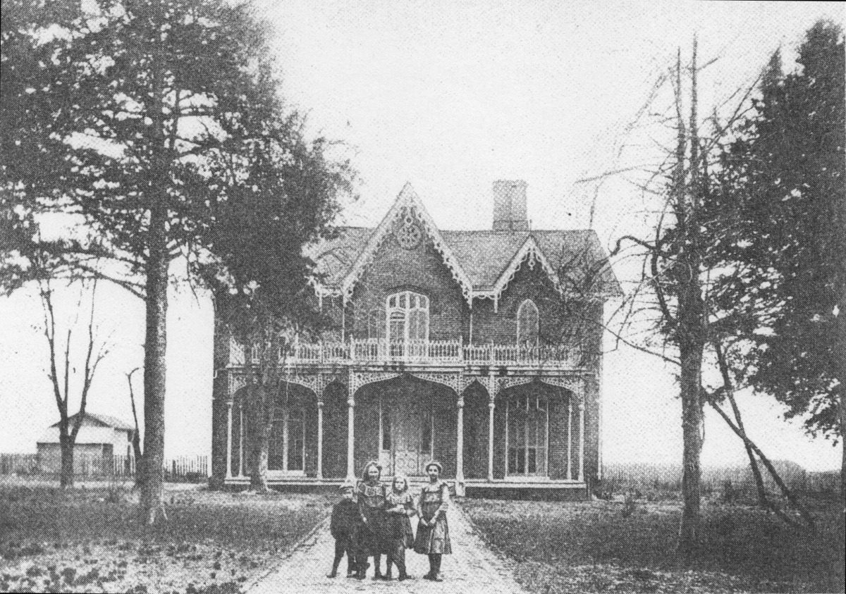 "Deupree's Historic Homes: Bonner Home (""Cedarhurst"")"