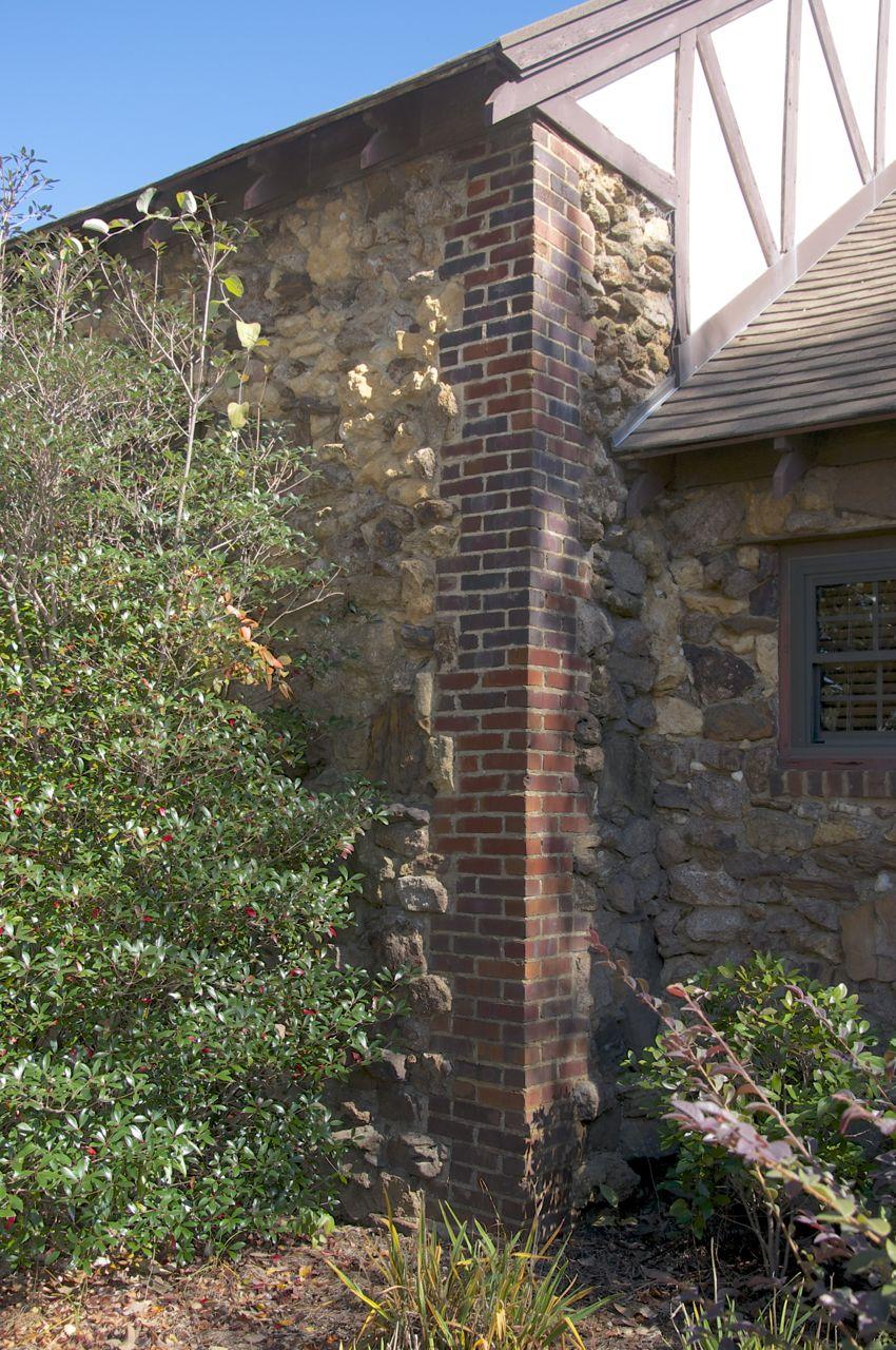 Brick quoins preservation in mississippi for Brick quoin detail