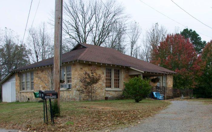 Old Longview school
