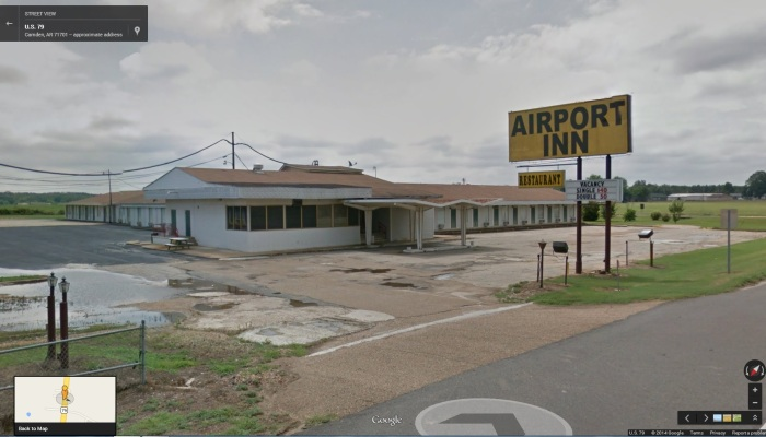 Former Holiday Inn Jr. 2115 U.S. 79, Camden, Ouachita County, AR.  From Google Street View Accessed 2-27-2014