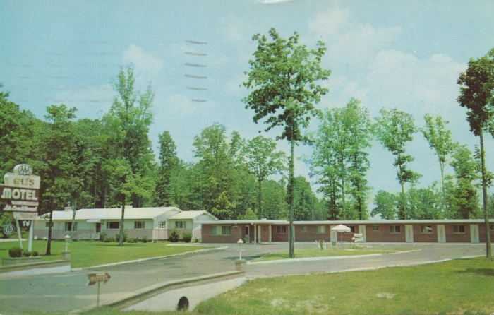 "EL'S MOTEL. Ceramic Tile Baths--Year 'Round Air Conditioning--Convenient to Cafe & Service Station--AAA Approved. Phone 3-8152. Highway 80 East, Forest, Mississippi. Elton & Margie Eady, Owners. Postmarked Aug. 6, 1959. ""From: L.M. Breazeale, Grenada, Mississippi. My Bid Is $12,404.46. To: Gift Showcase, The Price Is Right, P.O. Box 645, New York 46, N.Y."""