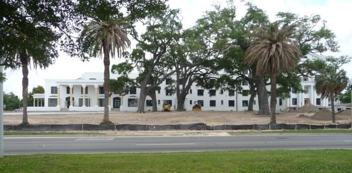 White House Hotel. Biloxi, Harrison County May 2014 P1200023 (48)