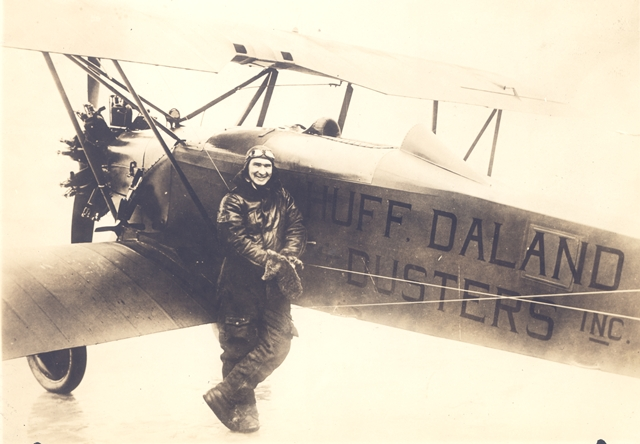 Huff-Daland duster with pilot Harris 1920s from http://www.deltamuseum.org Accessed 7-7-2014