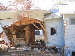 Charnley-Norwood Guest House. Ocean Springs, Jackson County. MDAH 11-30-2005 from MDAH HRI db accessed 8-24-2014