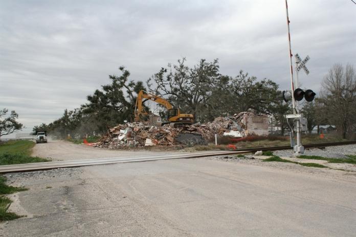 Demolition 205 S. Beach, Bay St. Louis Hancock Co. JRosenberg, MDAH 1-31-2007 from MDAH HRI db Accessed 8-13-2014