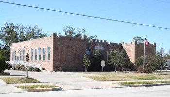 8Waveland School