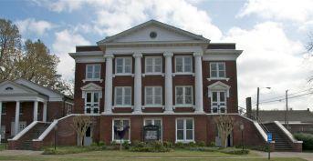 First Baptist Church, Marks