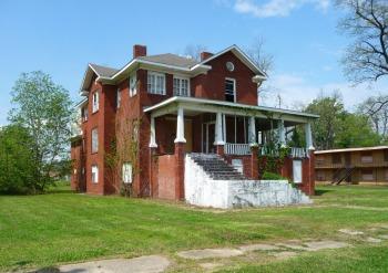 I.T. Montgomery House, Mound Bayou (c.1910)