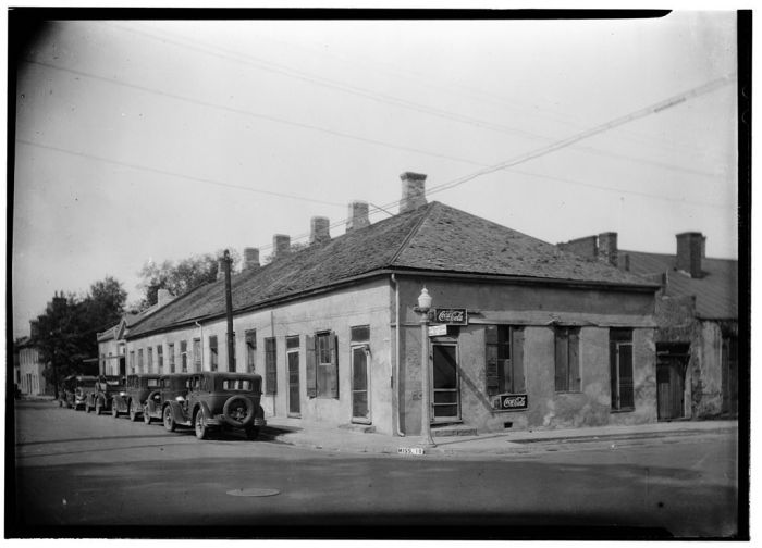 GENERAL VIEW (NORTHEAST) - Lawyers' Row, State & Wall Streets, Natchez, Adams County, MS. James Butters, Photographer, HABS. April 14, 1936.