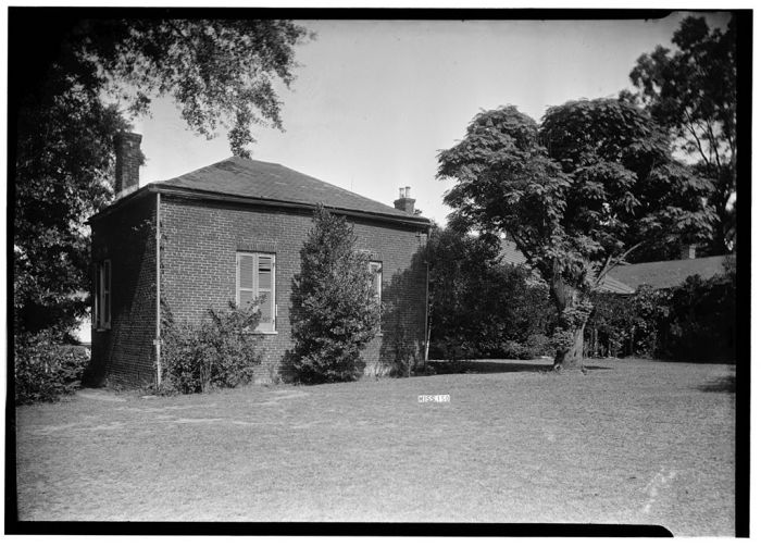 REAR (NORTHWEST CORNER) - The Manse, Rankin Street, Natchez, Adams County, MS. James Butters, Photographer, HABS, September 30, 1936.
