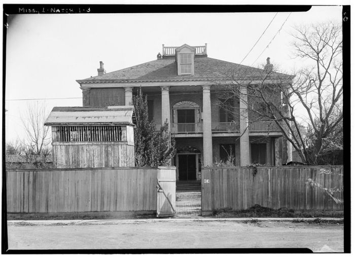 SOUTH ELEVATION - Rosalie, 100 Orleans Street, Natchez, Adams County, MS. Ralph Clynne, Photographer, March 29, 1934.