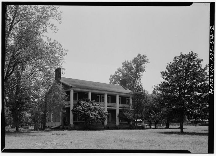 NORTH FRONT, FROM EAST. Springfield, U.S. Route 1, Natchez, Adams County, MS. [Springfield is actually in Jefferson County, but is filed in Adams County in HABS] Ralph Clynne, Photographer, March 29, 1934.