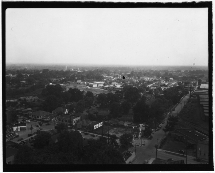 Jackson, Miss. 1941.  Collection: Witbeck, C. W., Photograph Collection Call number: PI/COL/1982.0016 System ID: 102338.