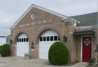 Pumper station doors