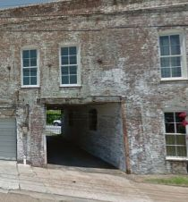 former alley (Image retrieved from Google maps, 04-25-2015)