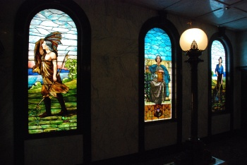 New Capitol monumental windows