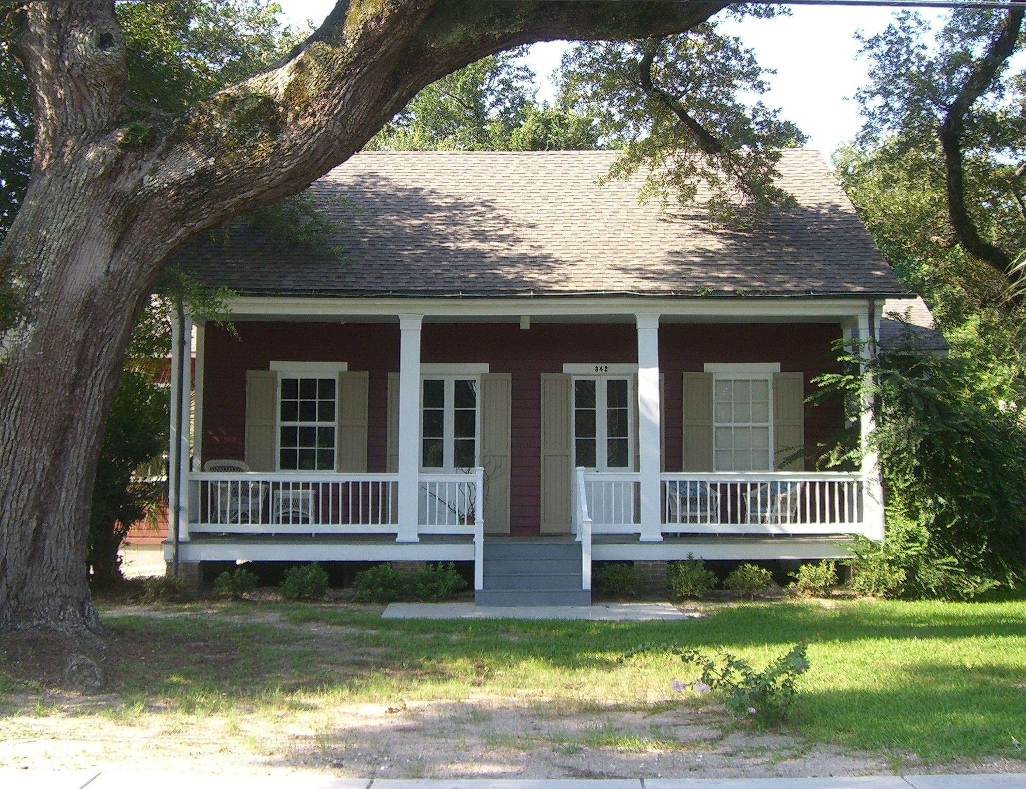 Architects of mississippi fred wagner ii preservation for Cajun cottages