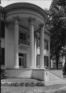 Governor's Mansion. Photograph by Jack E. Boucher, 1972 (HABS No. MS-67-10)