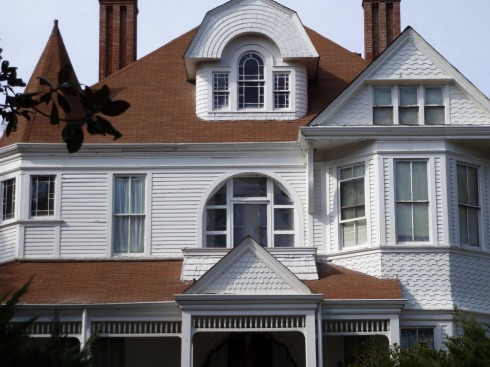 I.N. Ellis House, 258 Extension Street, South (1891, George F. Barber, archt.)