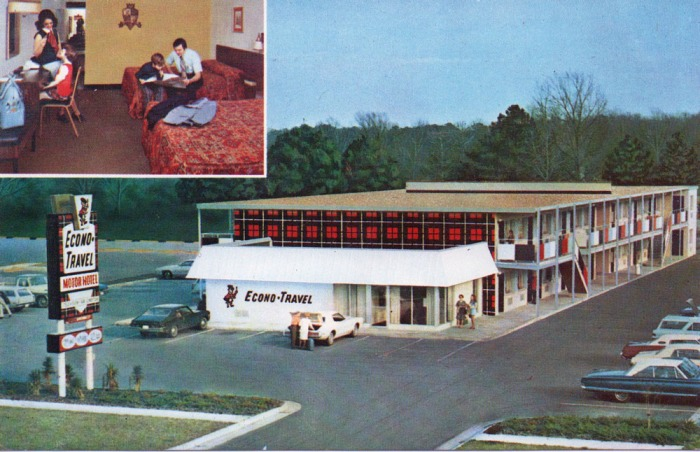 Econo-Travel Motor Hotel. Sleep tight, America. First class rooms at economy prices. Air conditioned. Electric heat. Free television. Deluxe mattresses. Full bath. Telephone. Large rooms. Free directory available. 767 E. Main Street, Tupelo, Mississippi 38801.