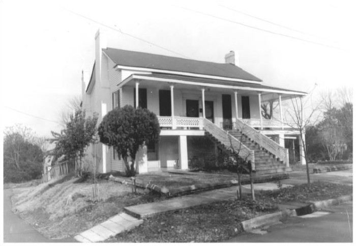 401 3rd Avenue, North, Factory Hill-Frog Bottom-Burns Bottom Historic District, Columbus - Kenneth P'Pool, MDAH, Photographer, December, 1979