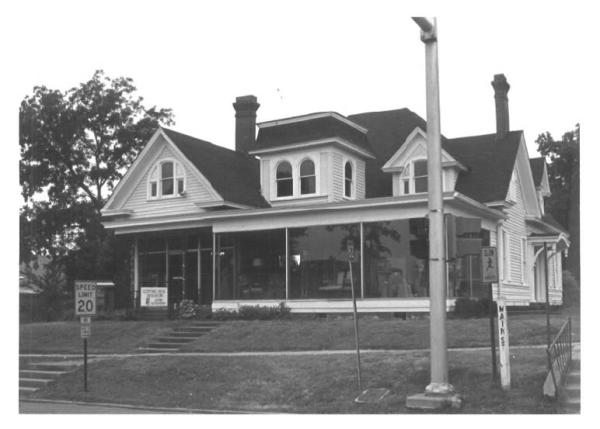 625 Main Street, Columbus Central Commercial Historic District, Columbus, MS - Kenneth P'Pool, MDAH, June 1979