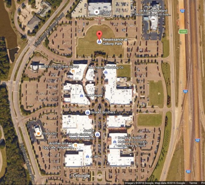 The ancient planning principles of the town of Renaissance can clearly be seen in this modern aerial view. Notice the plazas, the focal points, and the ancient family names that denote established neighborhoods, like Brooks Bros. and Barnes and Noble