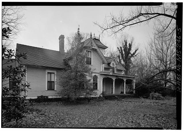 MS-246-1. Skipwith House, University of Mississippi, South Front from Southwest. March 1975, Jack E. Boucher, HABS Photographer.