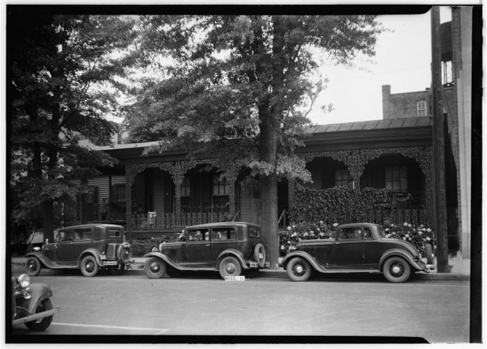 FRONT (NORTH ELEVATION) - Colonel Powers House, Amite Street, Jackson, Hinds County, MS. James Butters, Photographer, May 20, 1936