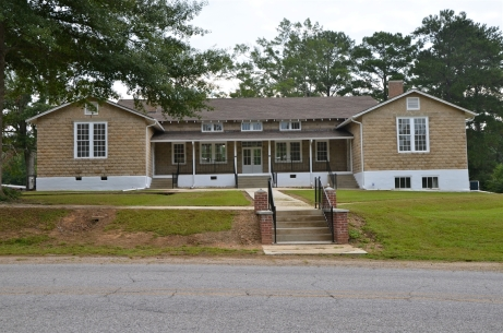 Prentiss Institute Rosenwald Building. Photo by David B. Schneider, Schneider Historic Preservation, Aug. 2014. Downloaded from MDAH Historic Resources Database.