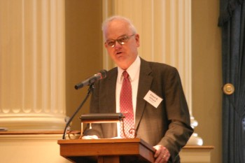 Elbert Hilliard, speaking at the Mississippi Historical Society in 2009.