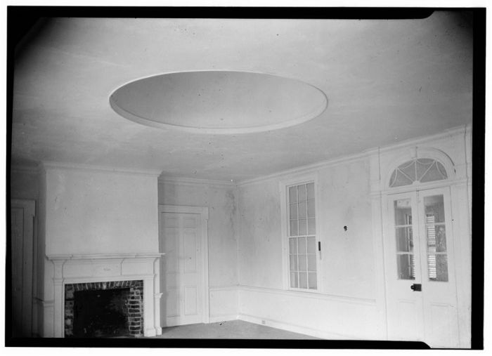 Gilreath's Hill, INTERIOR VIEW OF RECEPTION ROOM. Canal Street, Natchez, Adams County, MS. James Butters, Photographer April 10, 1936.