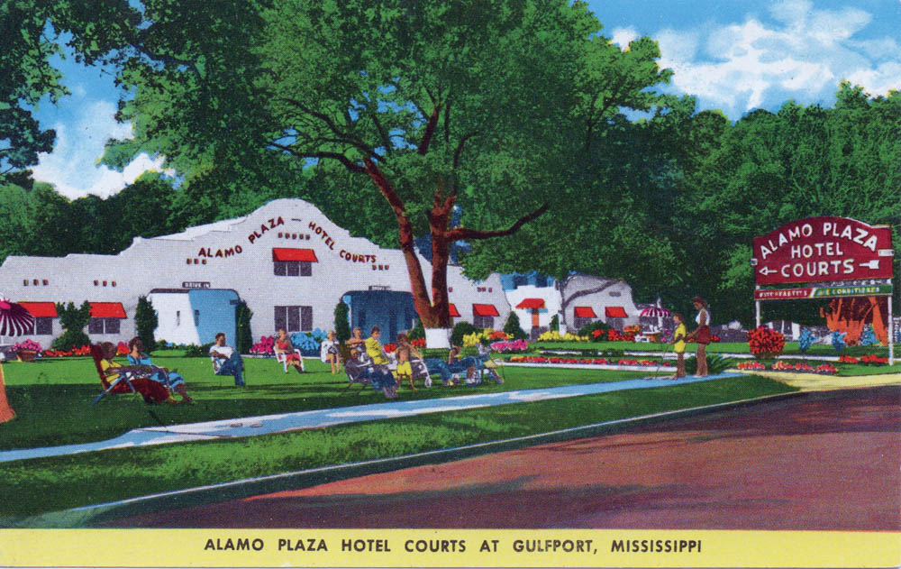 Overlooking The Beautiful Gulf Of Mexico, Alamo Plaza Hotel Courts Offers  The Best In Accommodations For The Vacation Of A Lifetime.