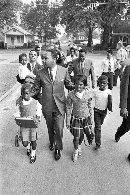 Martin Luther King And Andy Young Escort Children To Their Newly Integrated School In Grenada Mississippi 20 September 1965